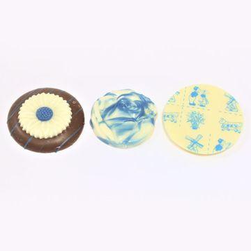 Afbeeldingen van Delfts blauw chocolaatjes